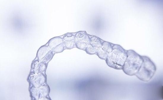 常熟箍牙价格隐形矫正